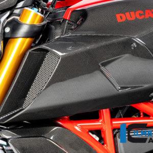 Kryt přívodu vzduchu levý z karbonu lesklý na motocykly DUCATI Diavel 1260 od 2019